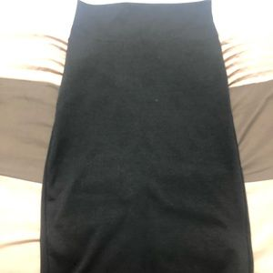 High waste black skirt